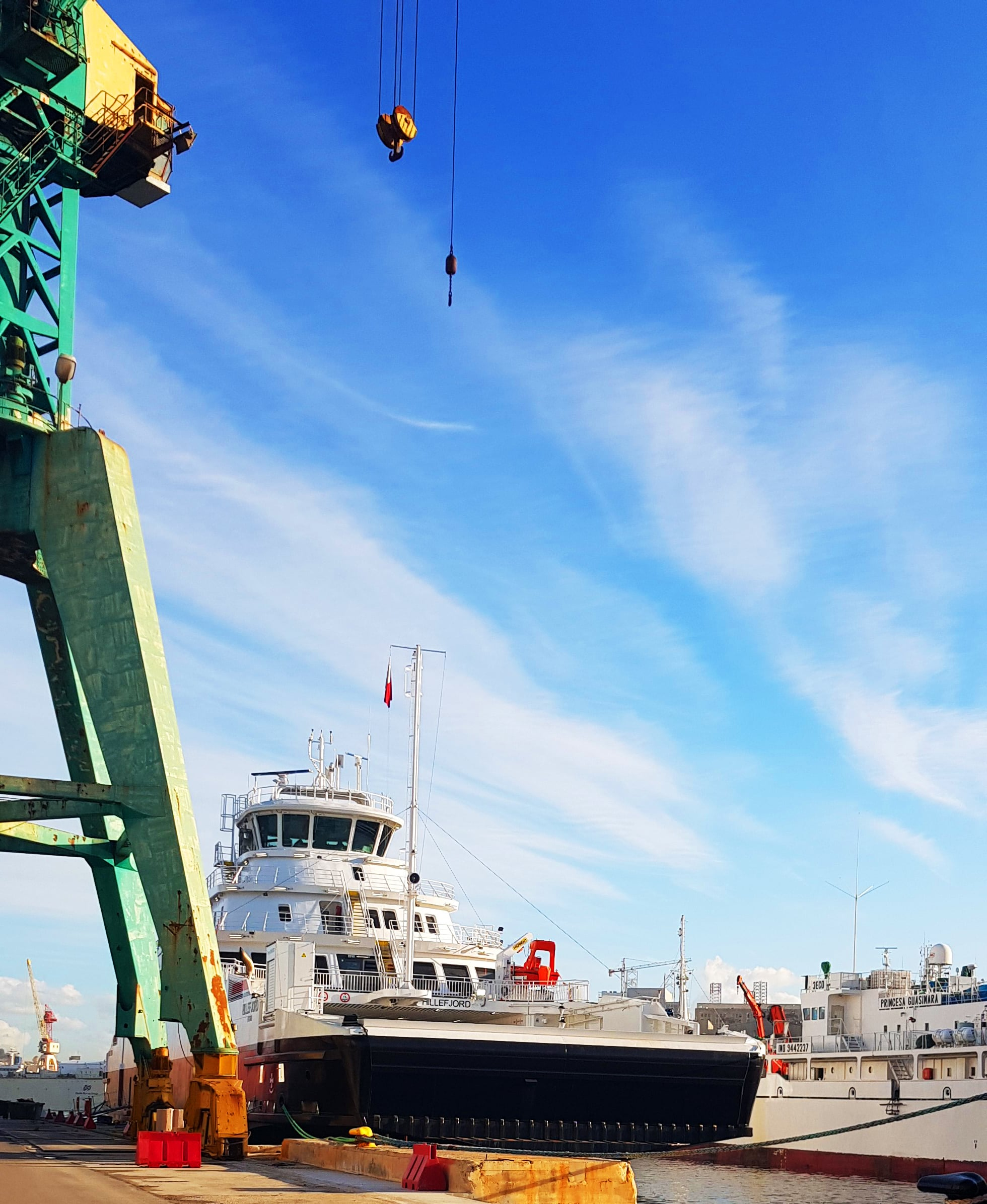 Gollcher Shipping Agent for Hillefjord
