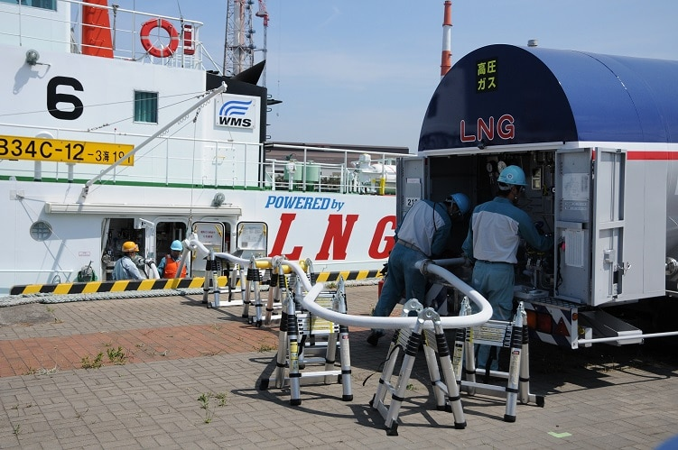 LNG-fueled-LCC-Bunkering